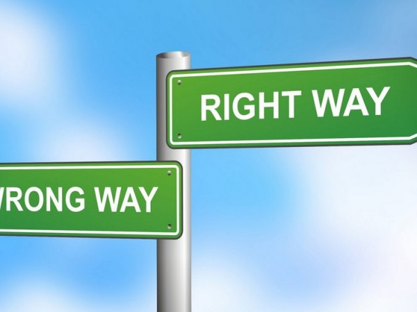 Right way - Wrong way sign: Common mistakes made during the process of vegetable fermentation