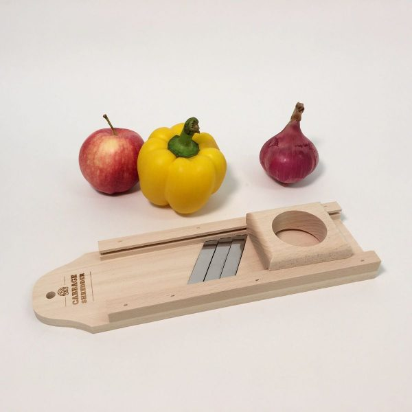 mini vegetable slicer with apple, onion and yellow bell pepper